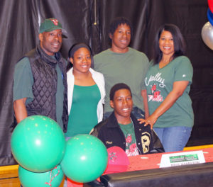 PESH baseball player Paul Hamilton will continue his diamond career at Mississippi Valley State. Joining him at the signing were Matt Hamilton (father), Yasmine (sister), Kavon (brother) and Carol Hamilton (mother).
