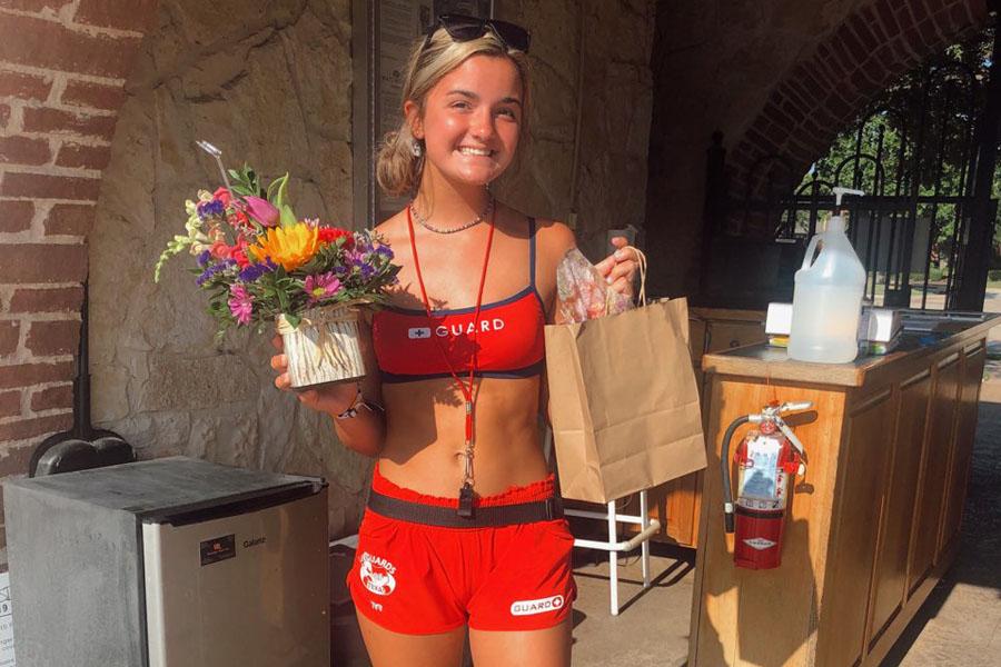 Lifeguard makes lifesaving rescue