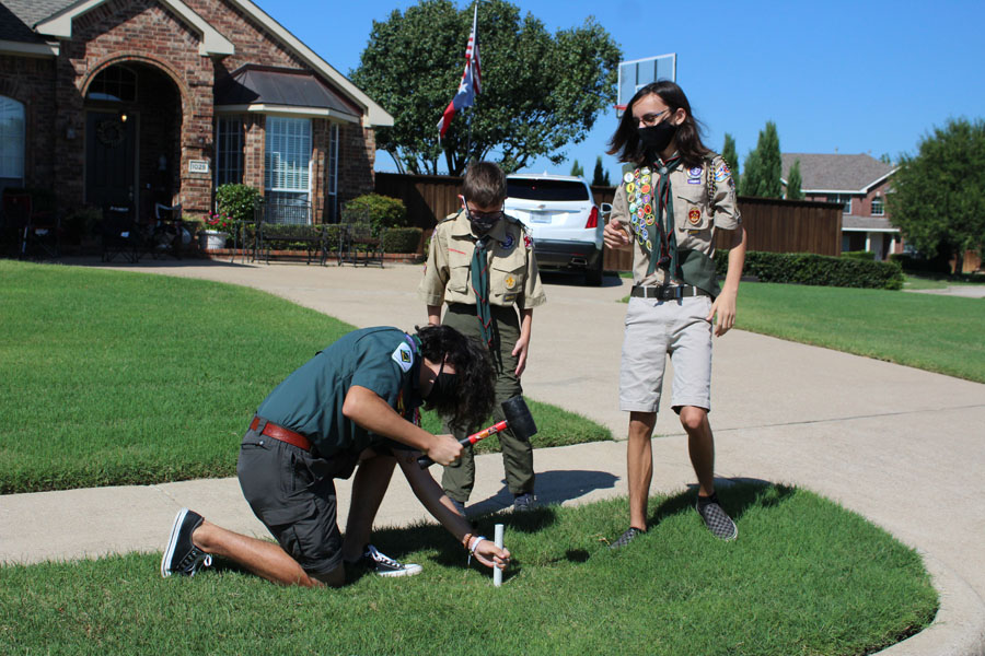 Scouts provide patriotic fundraiser