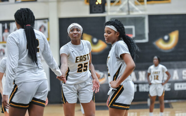 Lady Panther's buzzer-beater keeps streak alive