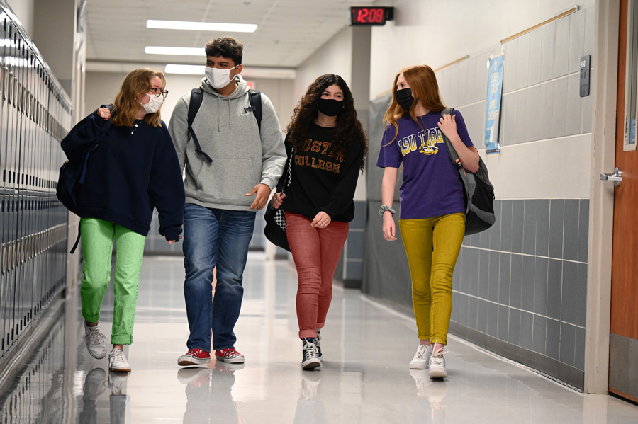 WISD school board gets first look at dress code update