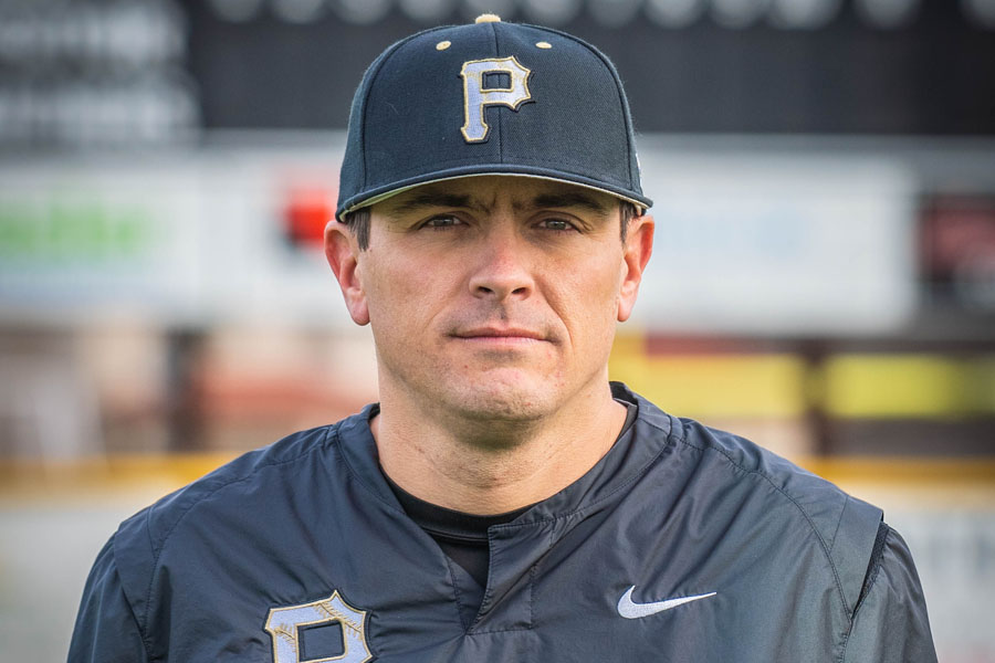 Michael Martinez takes over as Panthers baseball coach