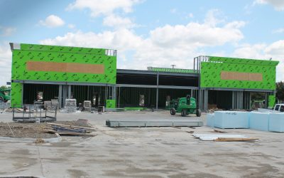 Construction continues on retail center